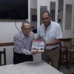 04-05-2017 Donacion de Libro Aviones Militares por Sr Herda